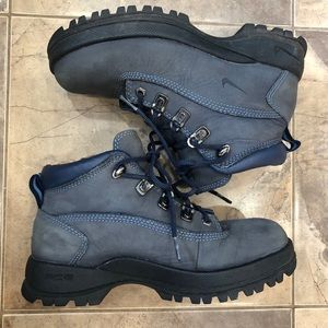 Y2K Nike Blue Lace Up Hiking Boots 7